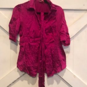 5/$25 Beautiful Button Up with Sequin Belt